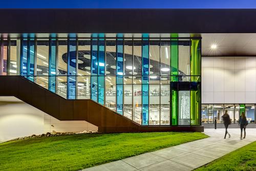 Great glazing university of alaska fairbanks wood center for Hartung glass industries