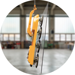 Compact vacuum lifter